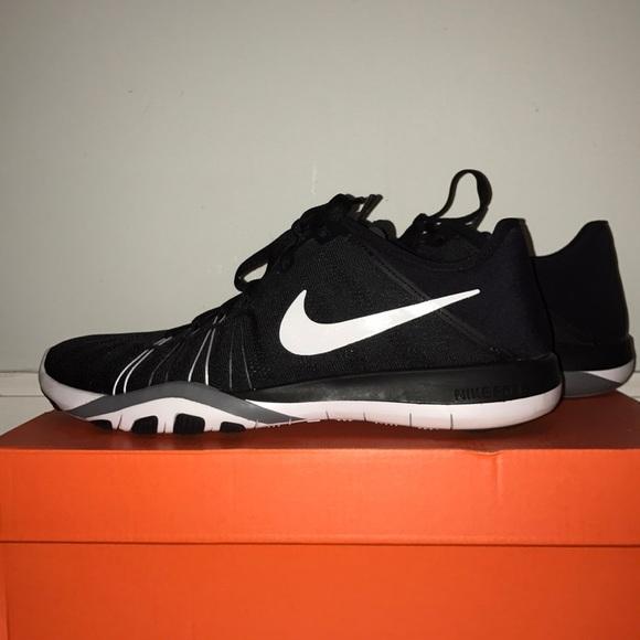cc7560e7c41e Nike Free TR 6. M 5c7218db61974502c8bee203